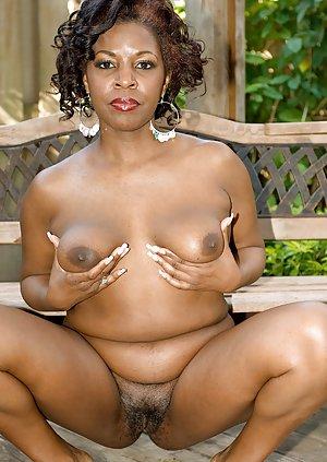 Ebony Hairy Pussy Pics