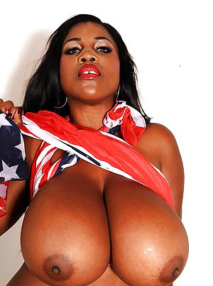 Huge Ebony Tits Pics
