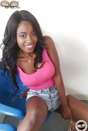 Ebony Teens Pics